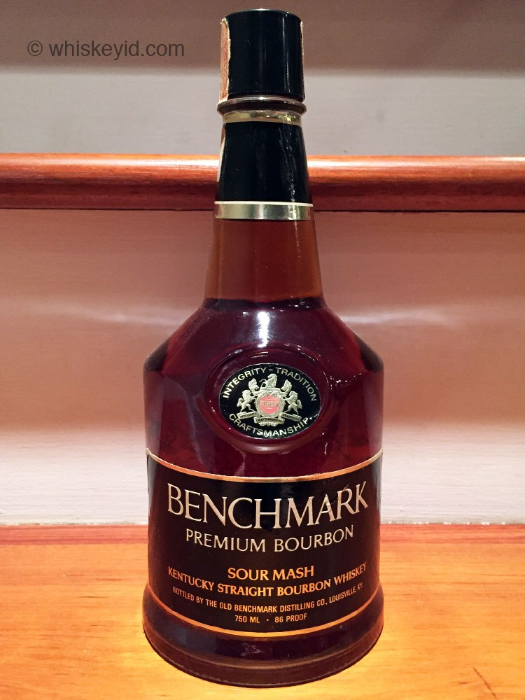 benchmark bourbon 86 proof 1982 front