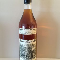 black_maple_hill_bourbon_small_batch_16_year_front