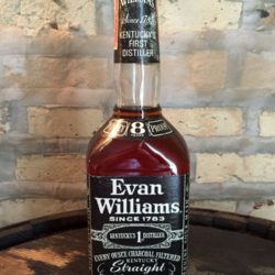 evan williams 8 year bourbon 1975 front