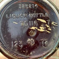 iw_harper_5_year_bourbon_portugal_export_1972_bottom