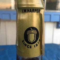 iw_harper_5_year_bourbon_portugal_export_1972_top