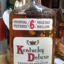 kentucky deluxe bourbon 6 year 1971 front