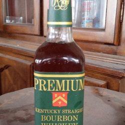 marshall fields premium bourbon 1976 front