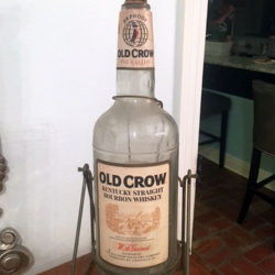 old_crow_gallon_1970s_front