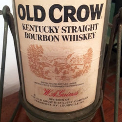 old_crow_gallon_1970s_front_label