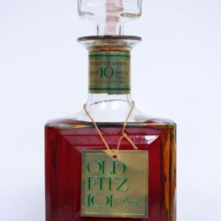 old_fitzgerald_10_year_101_proof_bourbon_decanter_1978_front
