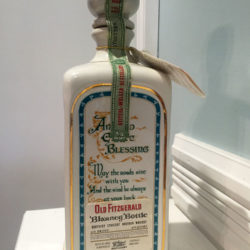 old_fitzgerald_blarney_bottle_decanter_bonded_bourbon_1964-1970_back