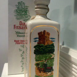 old_fitzgerald_blarney_bottle_decanter_bonded_bourbon_1964-1970_w_box