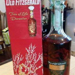 old_fitzgerald_bourbon_tree_of_life_decanter_1958-1964_back