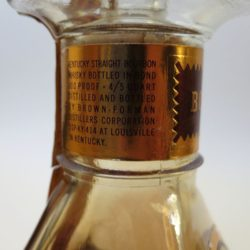old_forester_decanter_bonded_1968_neck