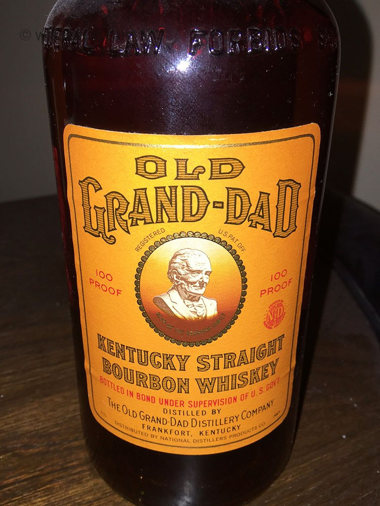 old_grand_dad_bonded_bourbon_1971_front_label