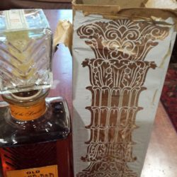 old_grand_dad_bonded_decanter_1962_box
