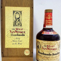 old_rip_van_winkle_10_year_90_proof_bourbon_1983_front_w_box