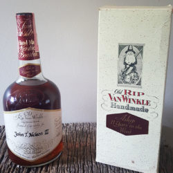 old_rip_van_winkle_11_year_bourbon_1978_front