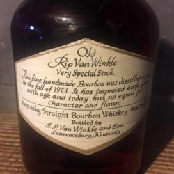 old_rip_van_winkle_12_year_bourbon_1985_back_label