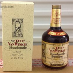 old rip van winkle 10 year 107 proof bourbon 1985 - front