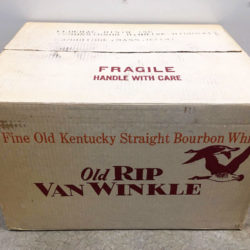 old_rip_van_winkle_bicentennial_bay_colony_7yr_decanter_box1
