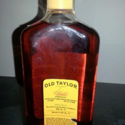 old_taylor_bonded_bourbon_500ml_1979_back