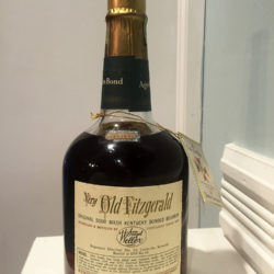 very_old_fitzerald_8_year_bourbon_1955-1963_back