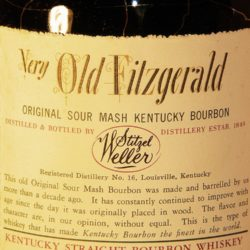 very_very_old_fitzgerald_18_1969_back_label